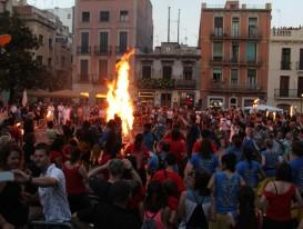 Cloenda del 30 Tradicionàrius i Revetlla de Sant Joan amb la Violeta de Gràcia