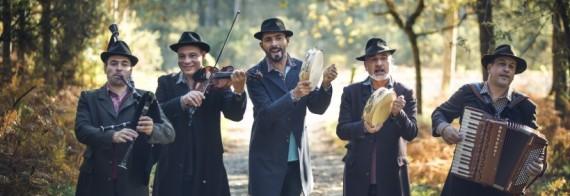 Radio Cos (Galícia) al Tradicionàrius